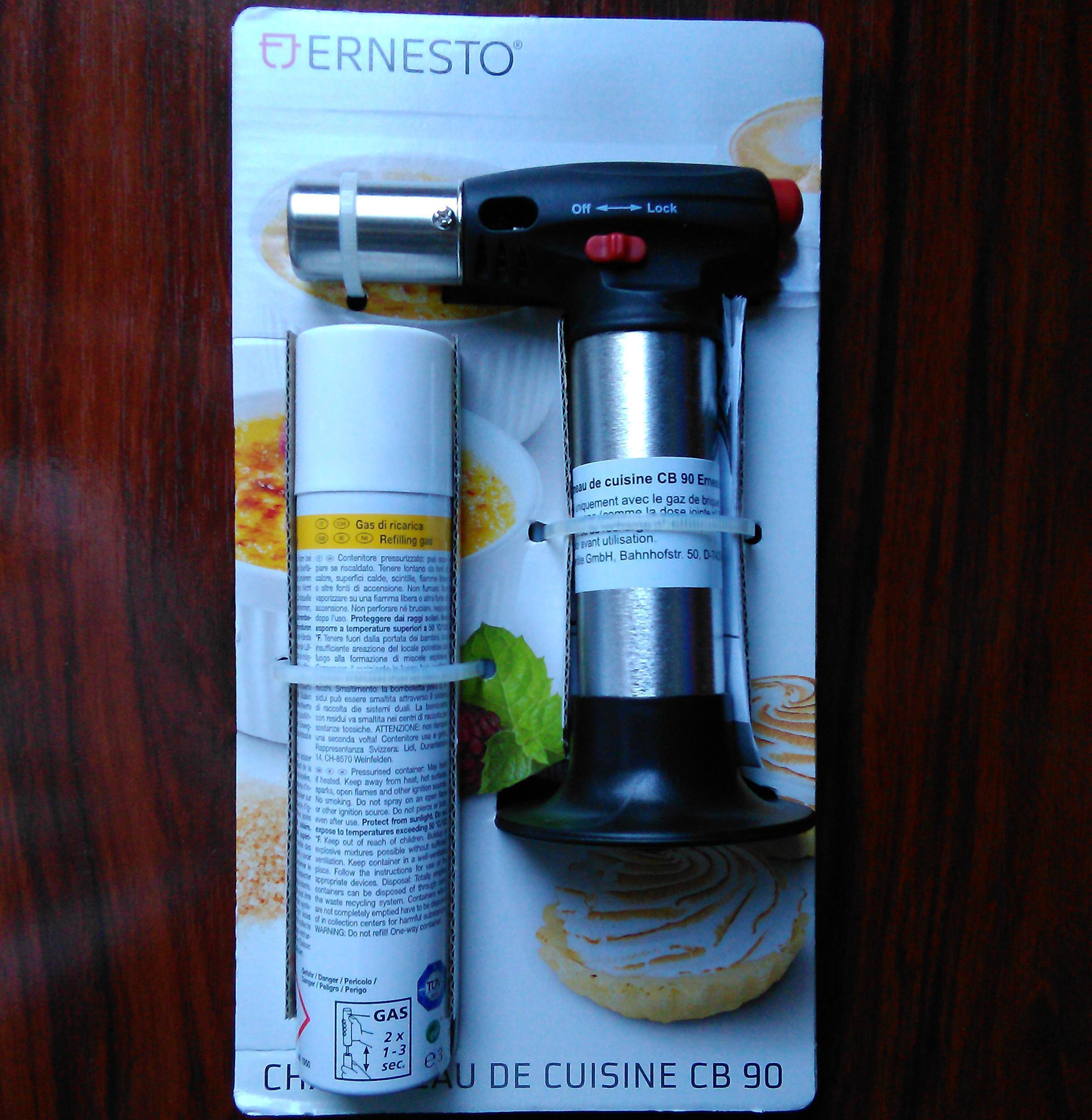 chalumeau de cuisine ernesto avec une recharge de gaz. Black Bedroom Furniture Sets. Home Design Ideas