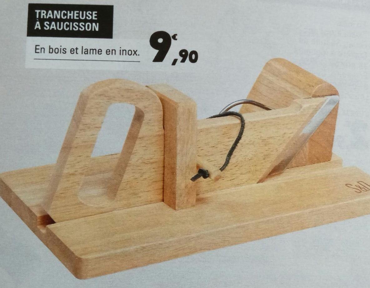 trancheuse saucisson en bois et lame en inox. Black Bedroom Furniture Sets. Home Design Ideas