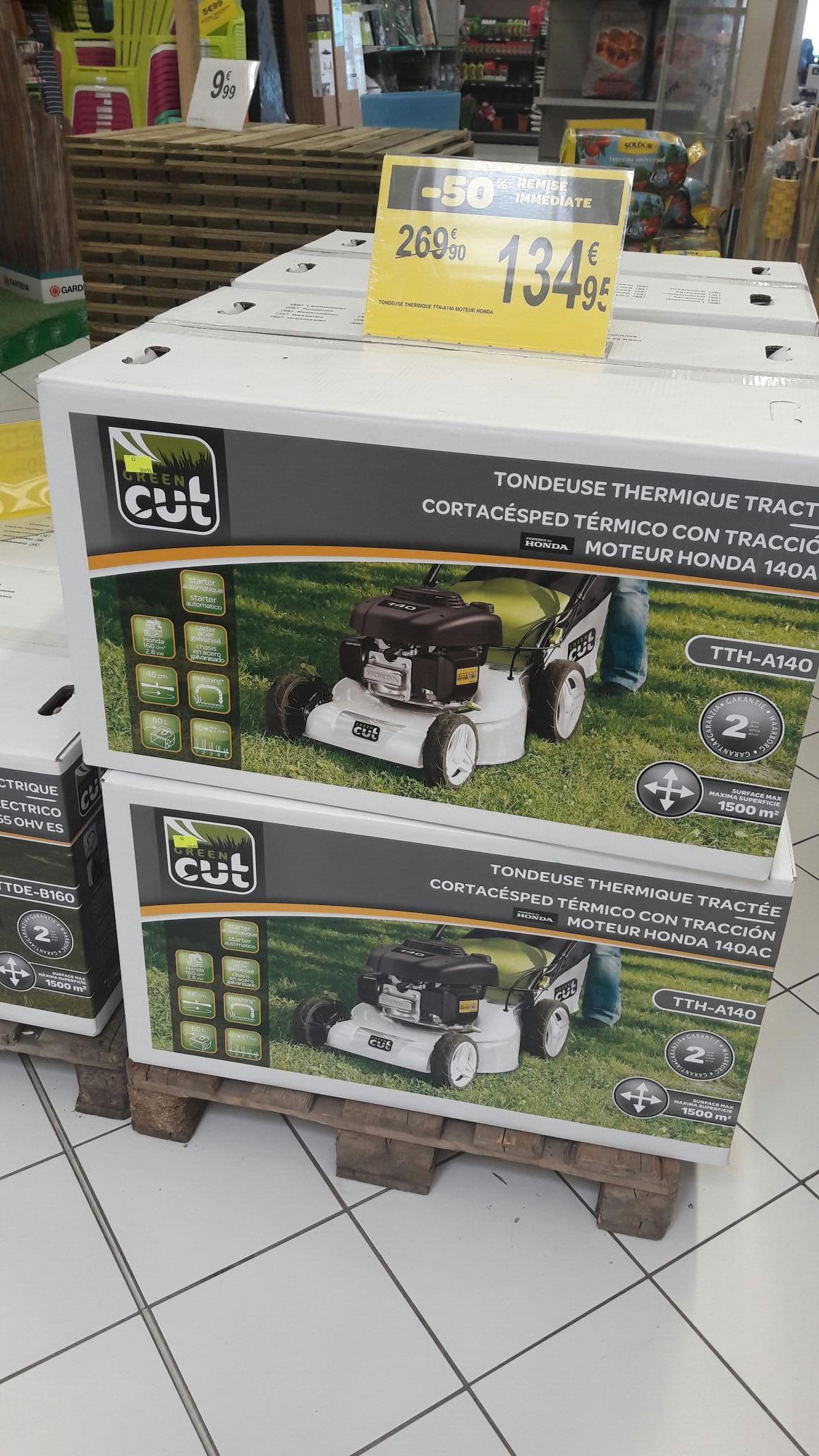 tondeuse thermique tract e green cut tth a140 moteur honda. Black Bedroom Furniture Sets. Home Design Ideas