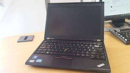 pc portable 12 4 lenovo thinkpad x230 i5 8go ram ssd 240go occasion. Black Bedroom Furniture Sets. Home Design Ideas