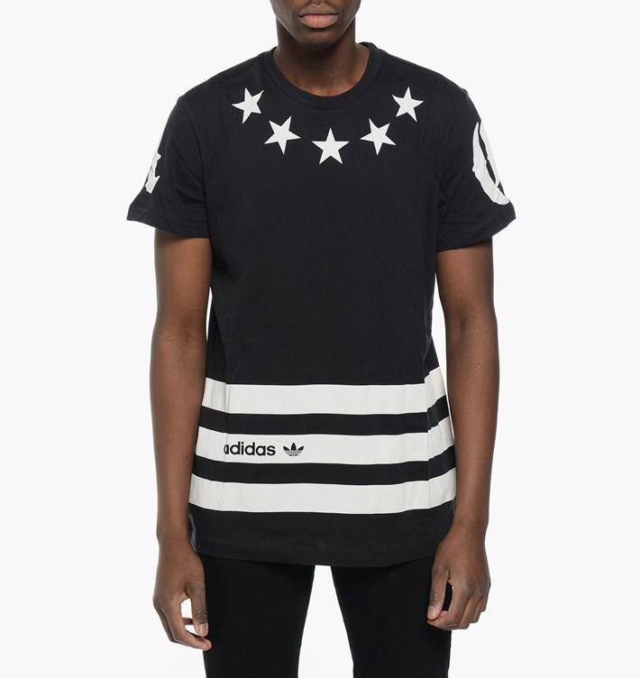 produits soldés, tous a -50% - Ex : T-shirt Homme Adidas