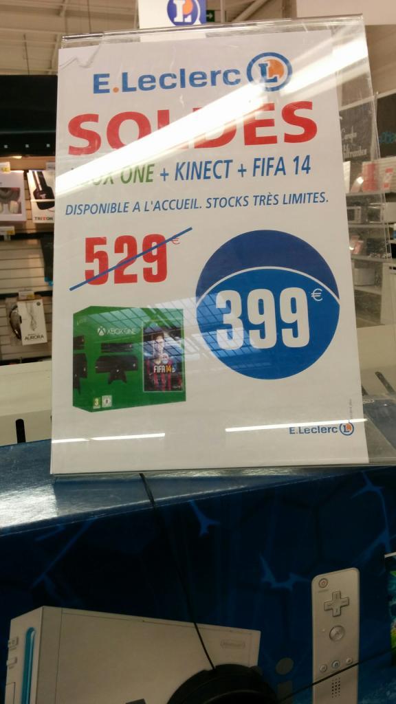Console Microsoft Xbox One 500Go + Kinect + Fifa 14