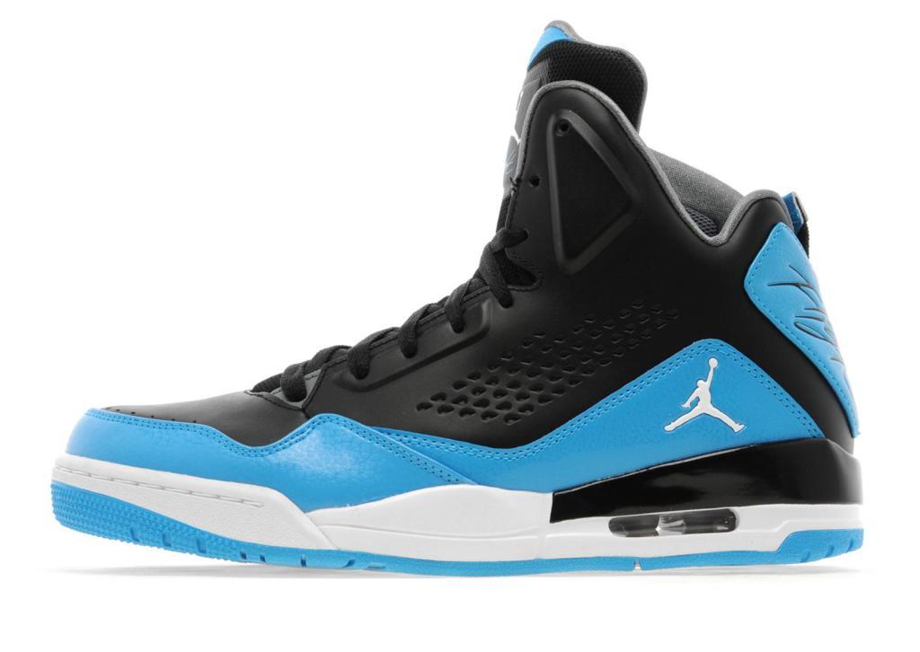 Sélection de chaussures en promo - Ex : Nike Jordan SC-3 Noir/Blanc/Bleu