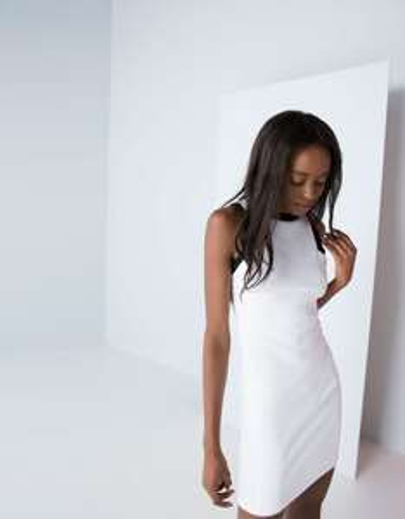 Robe blanche néoprène