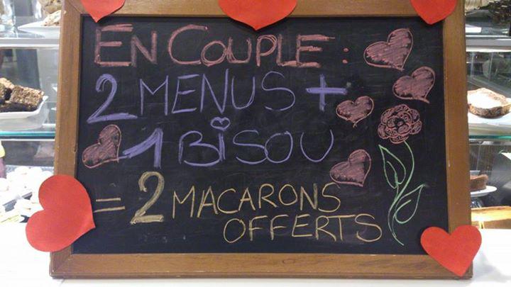 2 menus achetés = 2 macarons offerts