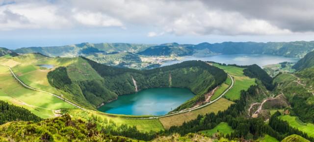 Vols A/R Paris, Francfort ou Nice pour Ponta Delgada en avril