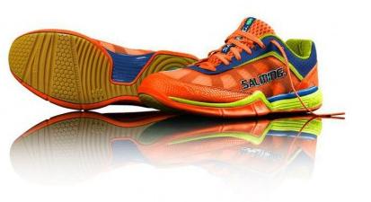 Sélection d'offres promotionnelles - Ex : Chaussures Salming Viper 3 Orange (taille 42 à 48)