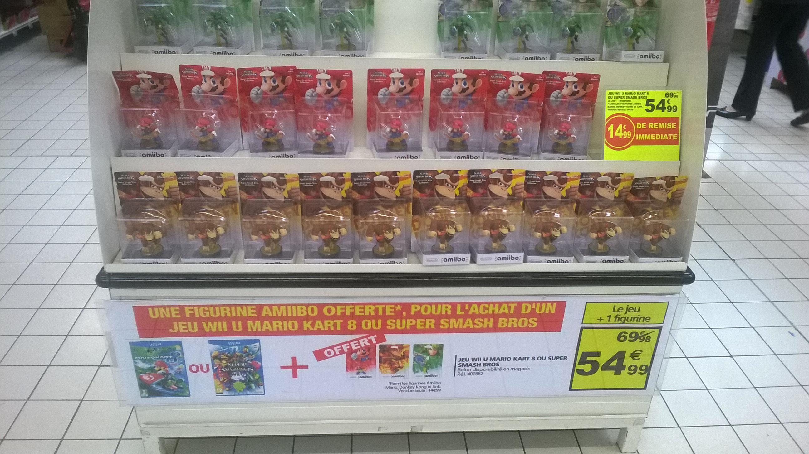 Une figurine Amiibo offerte pour l'achat d'un jeu Wii U Mario Kart 8 ou Super Smash Bros