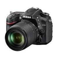 Reflex Nikon D7200 + Objectif 18-105 mm