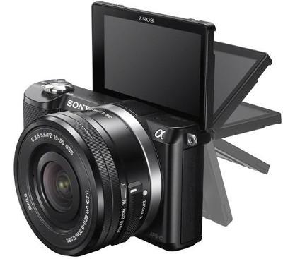 Appareil photo hybride Sony Alpha 5000 + 16-50 mm Noir + Etui + Carte SD 8Go
