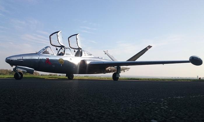 Vol en avion de chasse Fouga Magister (30min)