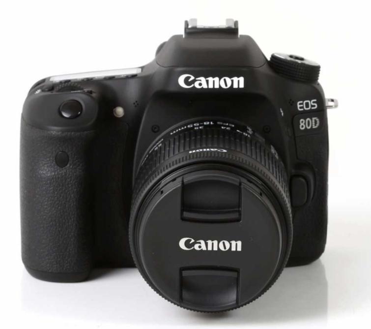 Appareil photo reflex Canon EOS 80D Digital SLR Camera + Objectif 18-55mm f/3.5-5.6 IS STM