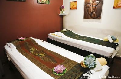 Massage aux huiles chaudes au jasmin en duo