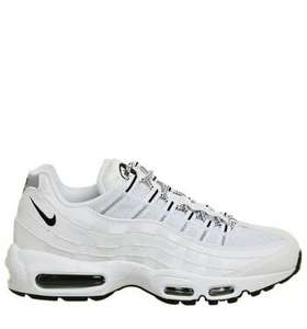 Sélection de baskets en promotion - Ex : Nike Air Max 95 'Black/White