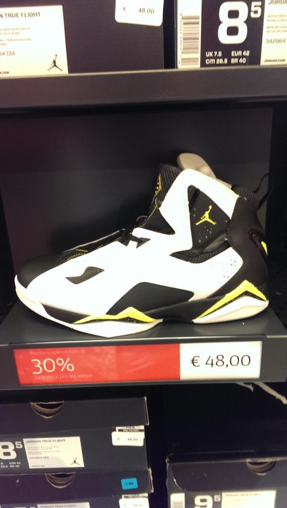 Paire de Baskets Jordan True Flight