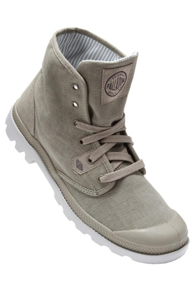 Paire de chaussures Palladium