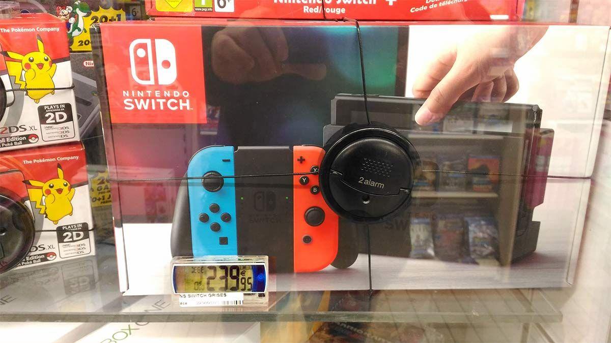 Console Nintendo Switch avec paire de Joy-con - Gris ou Néon