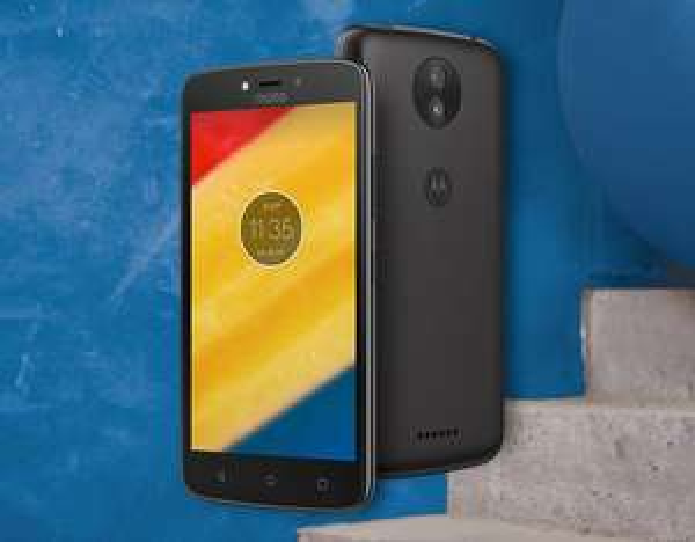 "Smartphone 5"" Motorola Moto C Plus noir 16 Go, RAM 1 Go, 4000 mAh"