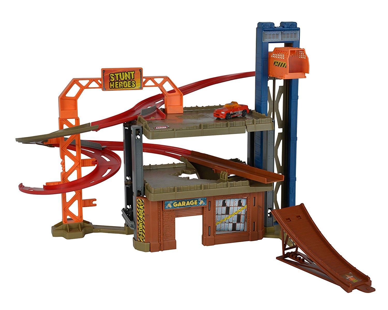 Circuit pour petites-voitures Majorette Stunt Heroes Jump n' Bump Factory (212058014)
