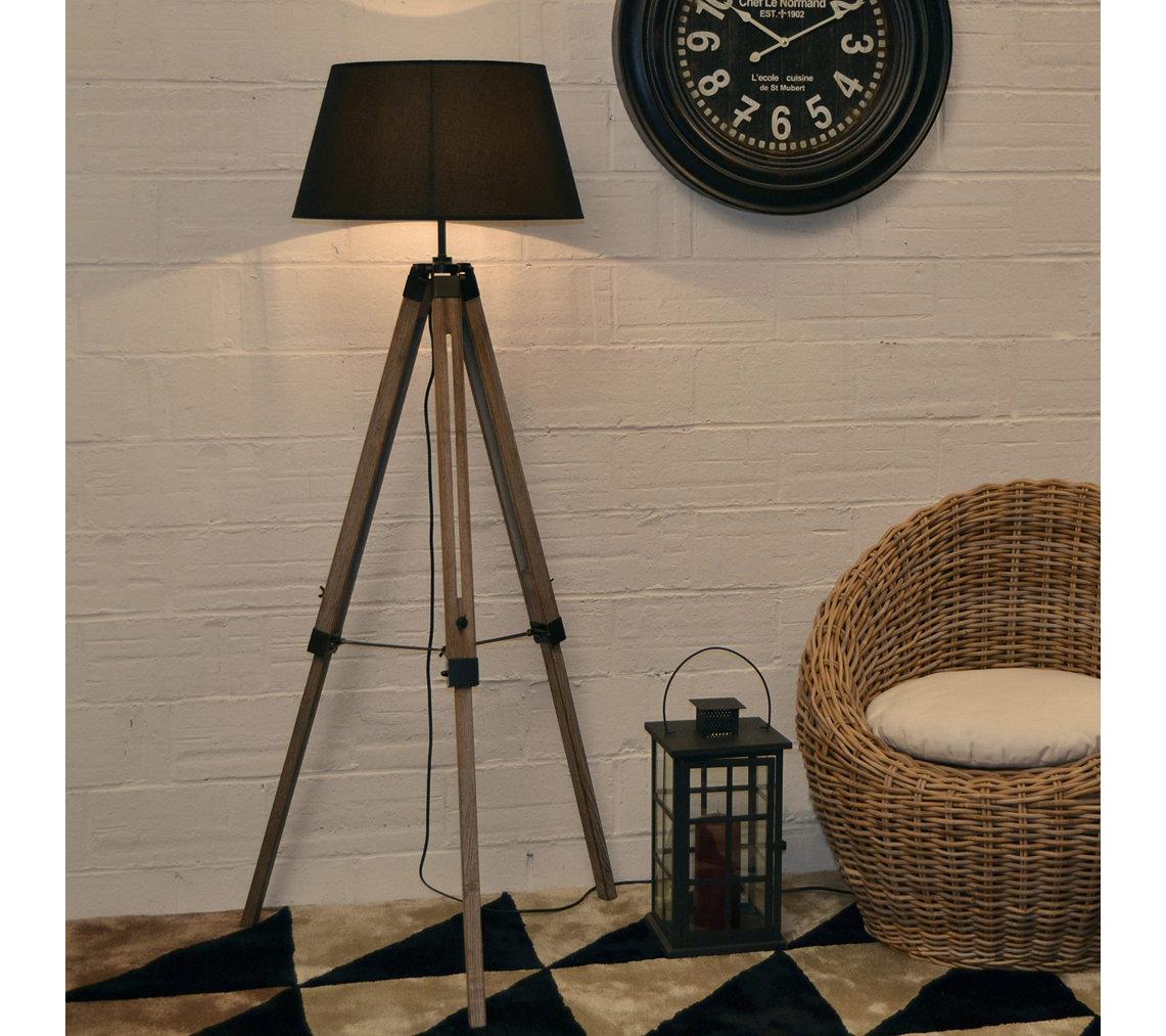 Lampadaire Trépied en bois Abat-jour Tissu WISKI (Noir ou Blanc) - 61 x 61 x 144 cm