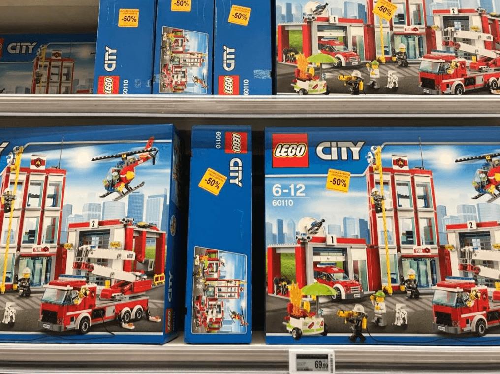 Jeu de construction Lego City La Caserne des Pompiers n°60110 - Auchan Aubagne (13)