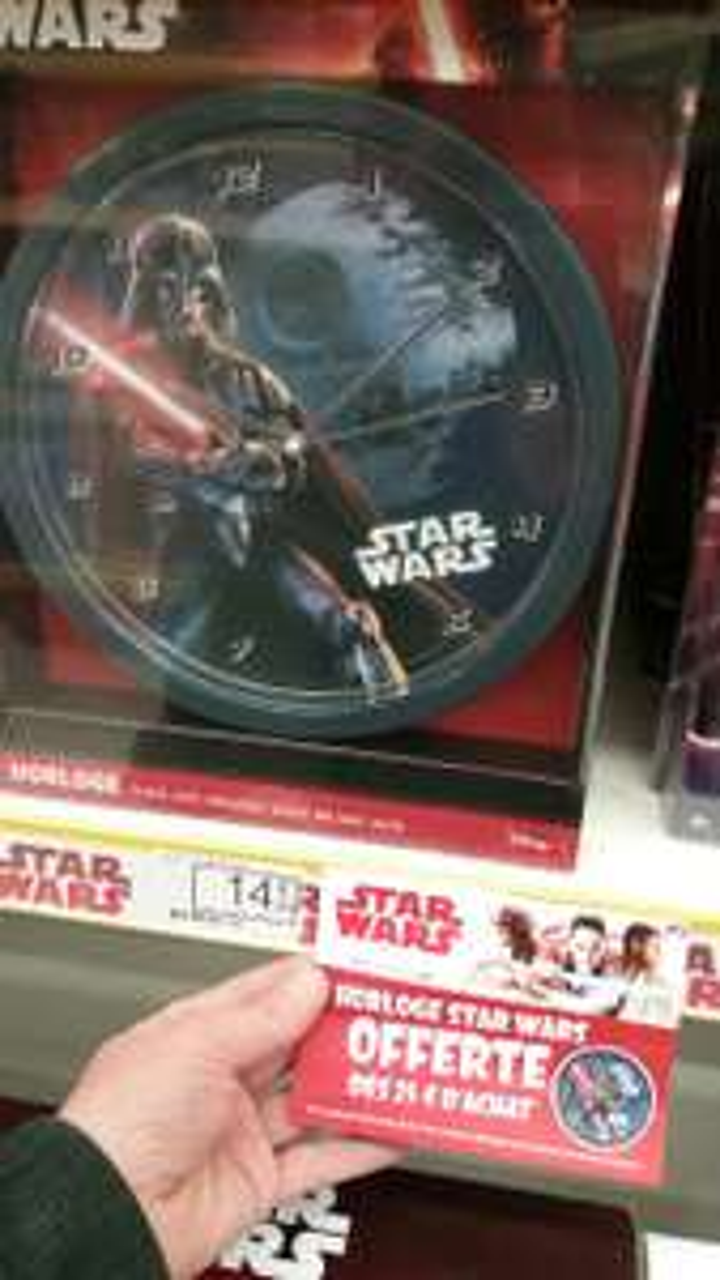Horloge Star Wars offerte dès 25€ d'achat de jouets Star Wars