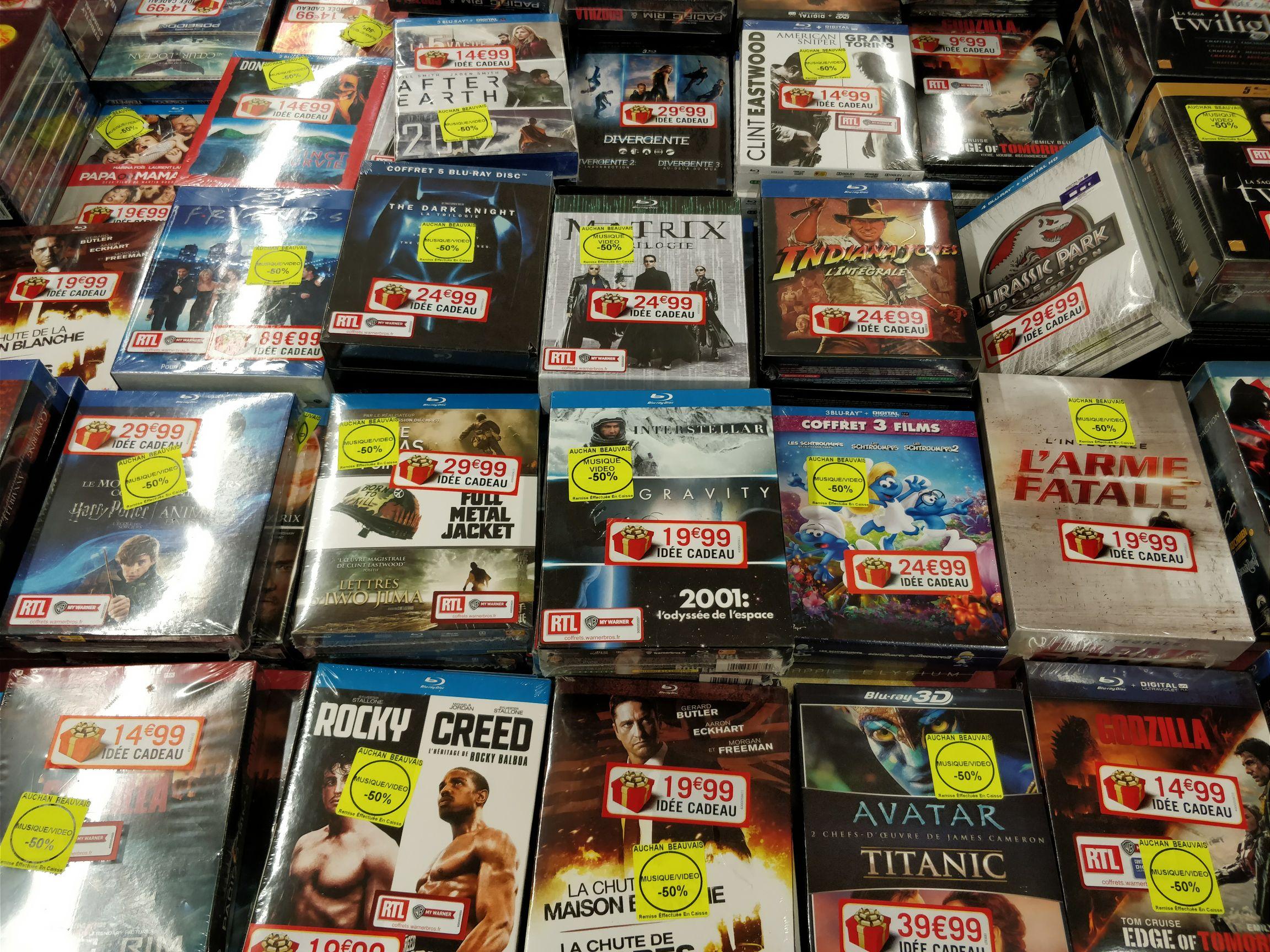 50% de réduction sur une sélection de Blu-ray / DVD - Ex : coffret Blu-ray Divergente - L'Intégrale au Auchan Beauvais (60)