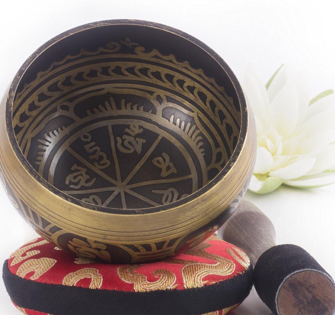 Bol chantant tibétain Aspect antique avec coussin et maillet (vendeur tiers)