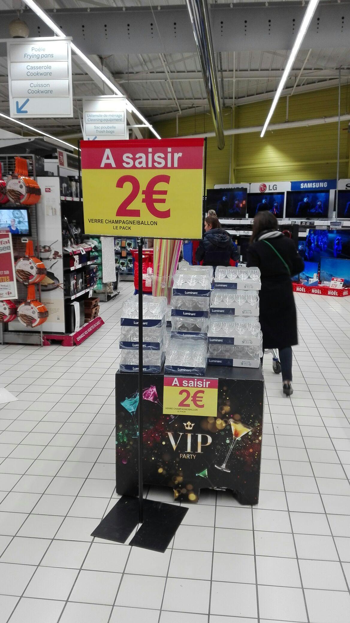 Lot de 12 verres à champagne / ballons Luminarc au Carrefour Ferney-Voltaire (01)