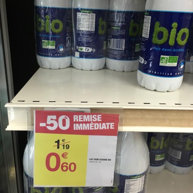 Bouteille de lait demi-écrémé biologique - 1 L au Carrefour Armentières (59)