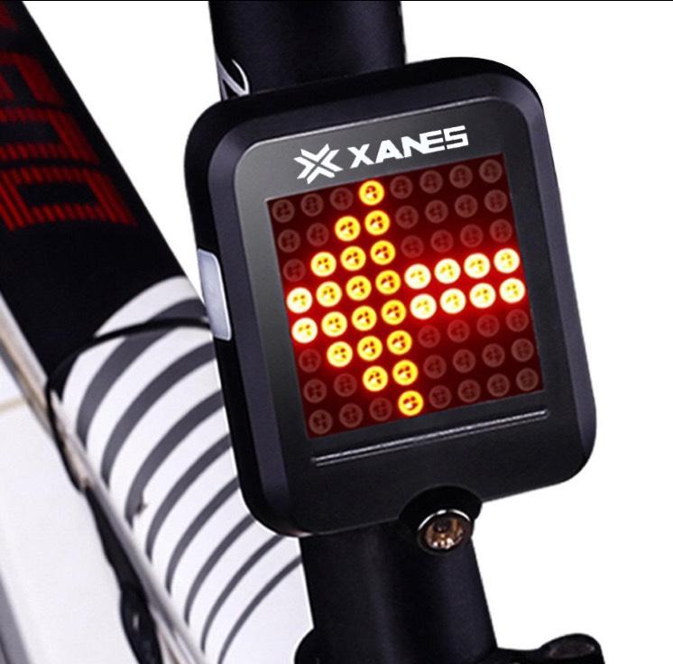 Feu Arrière LED Intelligent Xanes STL-01 pour VTT