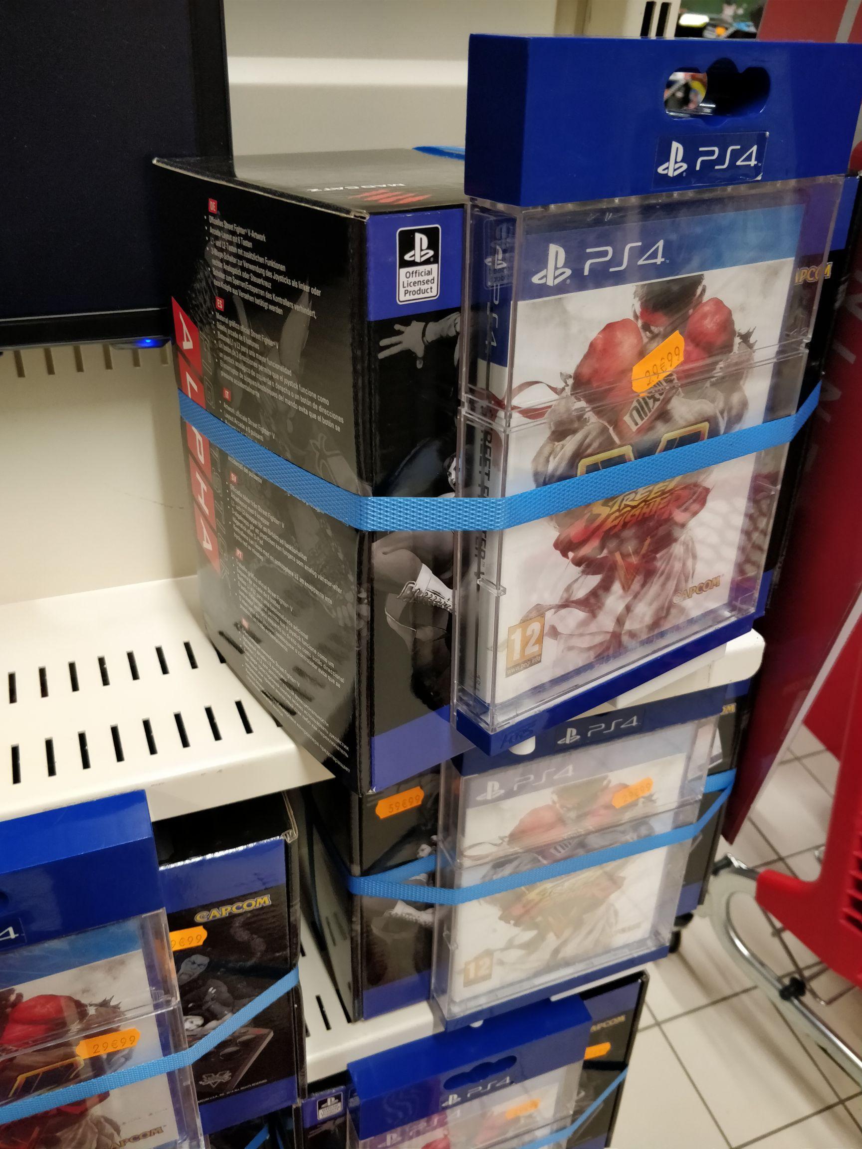 Pack manette Mad Catz Street Fighter V Arcade FightStick Alpha (pour PS3 / PS4) + Street Fighter V sur PS4 au Auchan Caluire (69)
