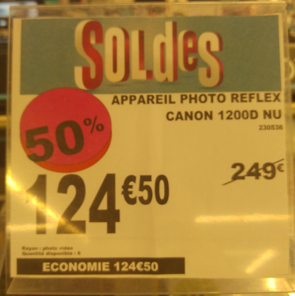 Appareil Photo Reflex Canon EOS 1200D Nu - Cergy 3 fontaines -95)