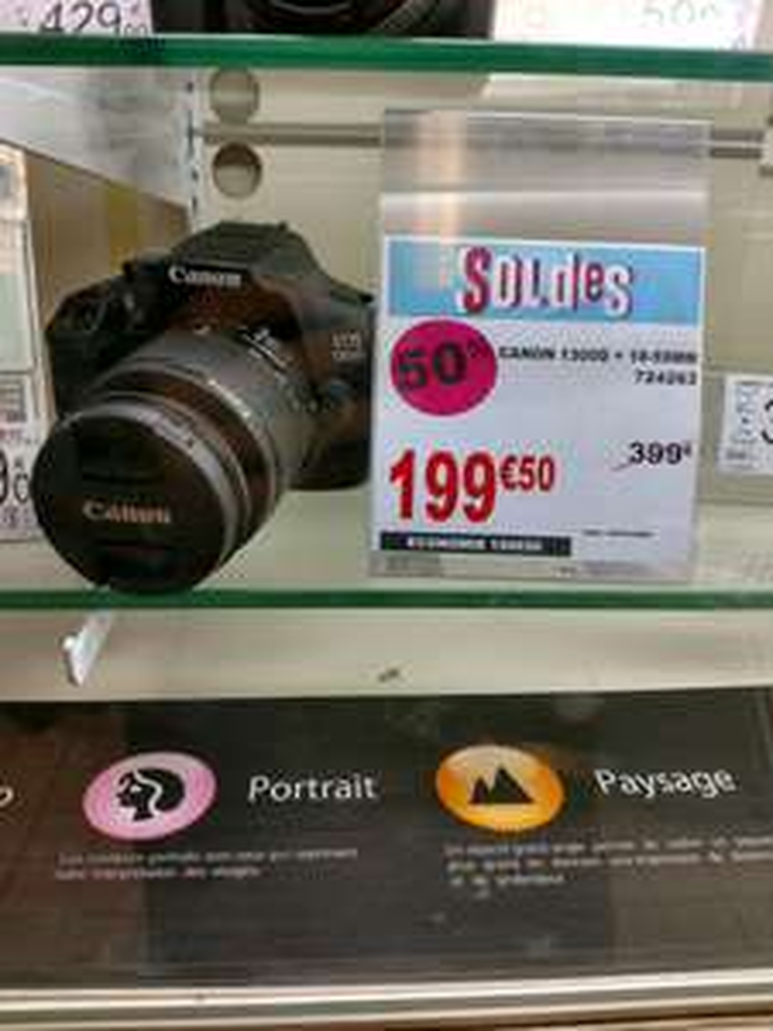 Appareil photo Reflex Canon 1300d + objectif 18-55 - Auchan Béziers (34)