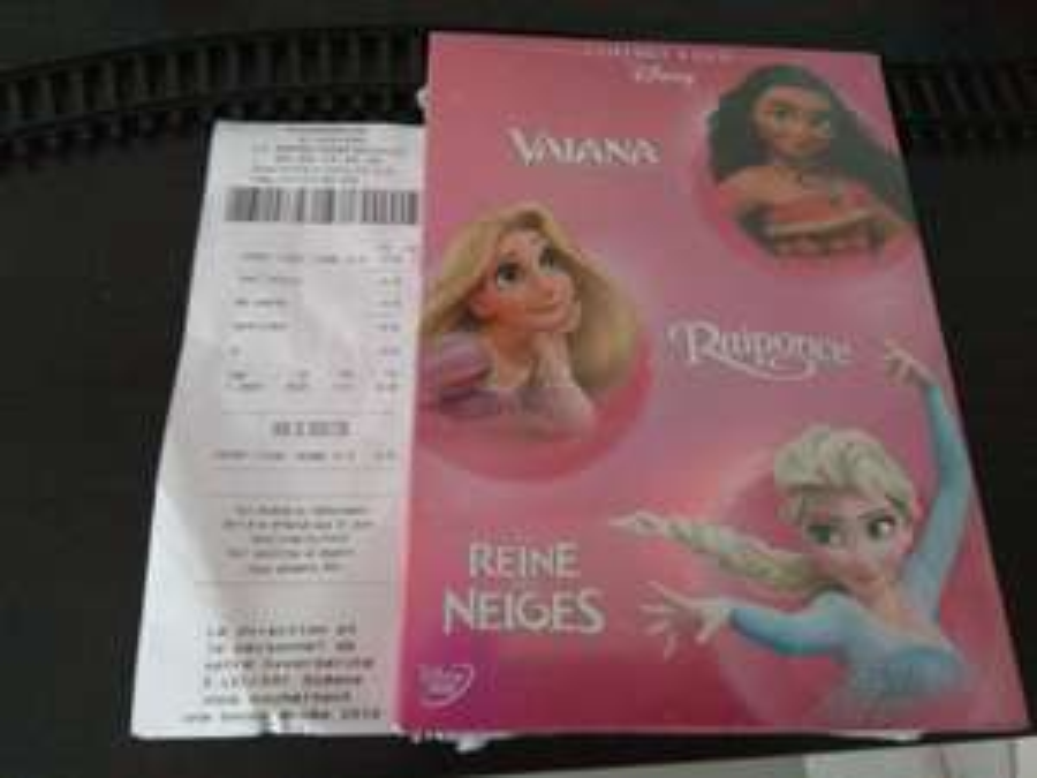 Coffret DVD Raiponce + La Reine des Neiges + Vaiana au E.Leclerc Gonfreville-l'Orcher (76)