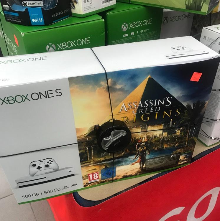 Sélection de packs Xbox One S et PS4 en promotion - Ex : Xbox One S 500Go + Assassin's Creed Origins - Lyon Confluence (69)