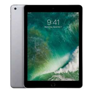 "Tablette tactile 9.7"" Apple iPad 2017 - 32 Go, Wi-Fi, argent ou gold"