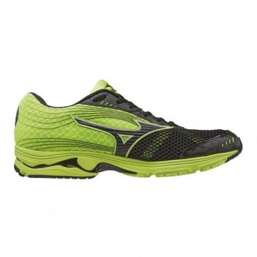 Jusqu'à 70% de réduction sur le running, trail, fitness, 50% sur le cyclisme et la randonnée et 40% sur la natation - Ex : Chaussures Mizuno Wave Sayonara 3