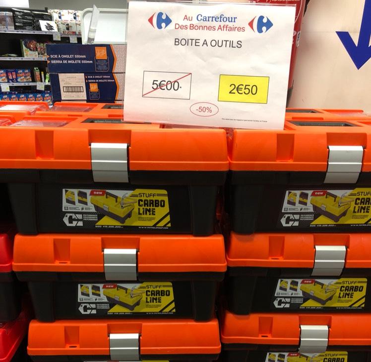 Boîte à outils Stuff Carbo Line au Carrefour Lormont (33)