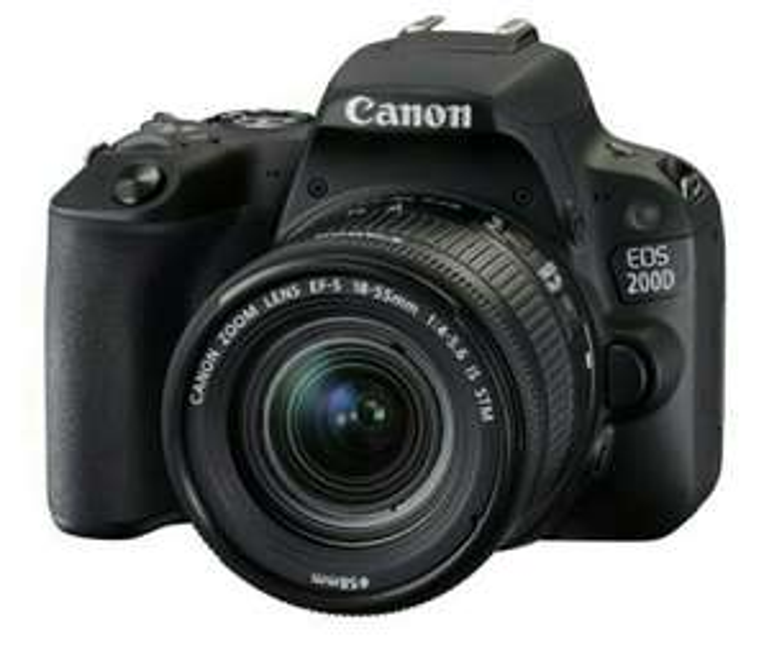 Reflex Canon EOS 200D Noir + Objectif EF-S 18-55 mm f/4.5-5.6 IS STM (frontaliers Belgique)