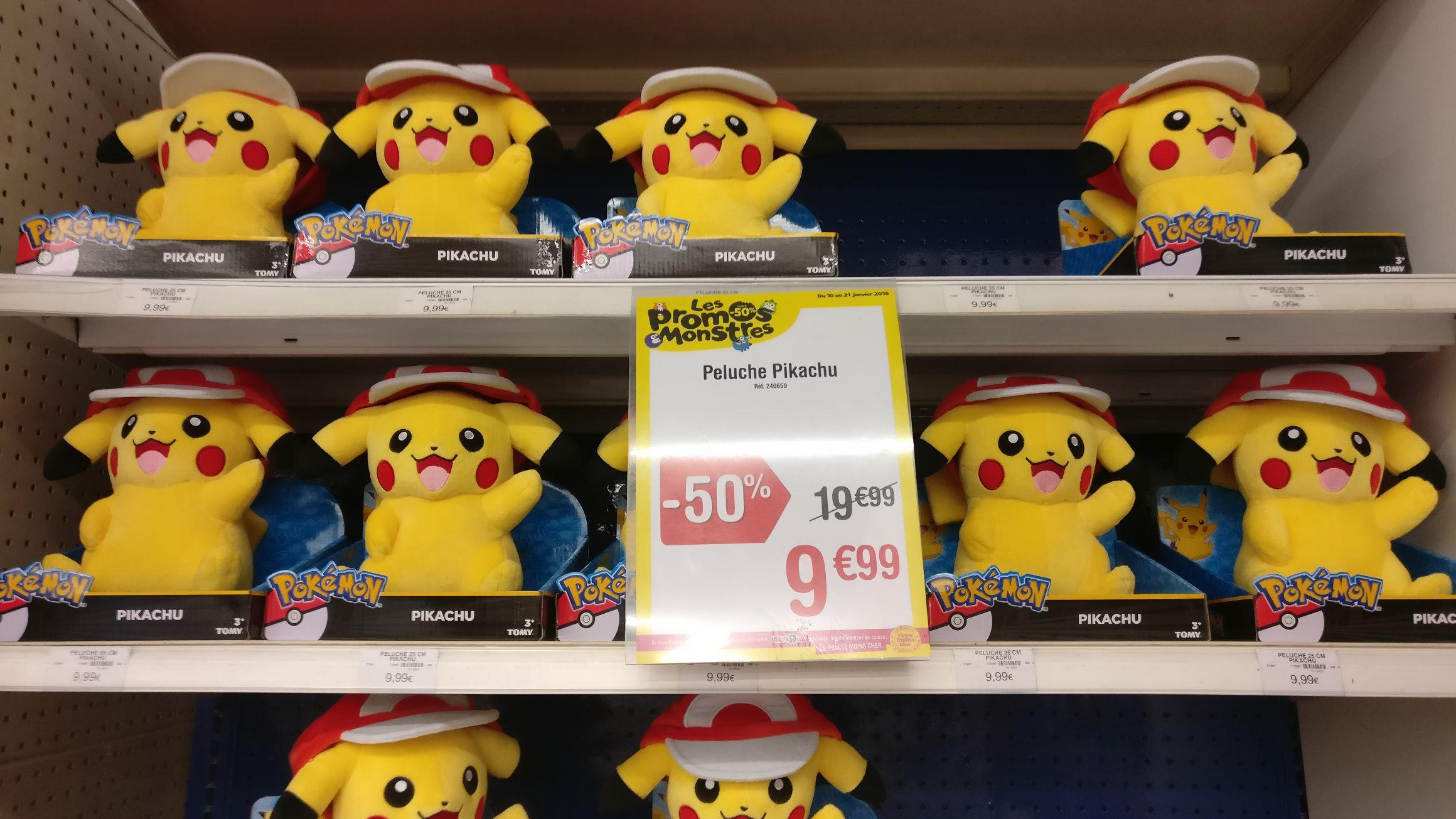 "Peluche Pokémon Pikachu Toys ""R"" Us"