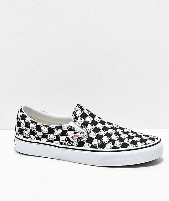 Chaussures Vans Peanuts Classic Slip-On - noir, taille 34.5 à 27.51€ & du 35 au 44.5 à 34€