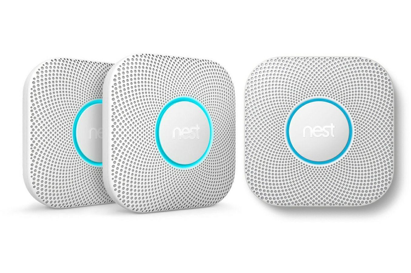 Pack de 3 détecteurs connecté Fumée + monoxyde Nest protect.