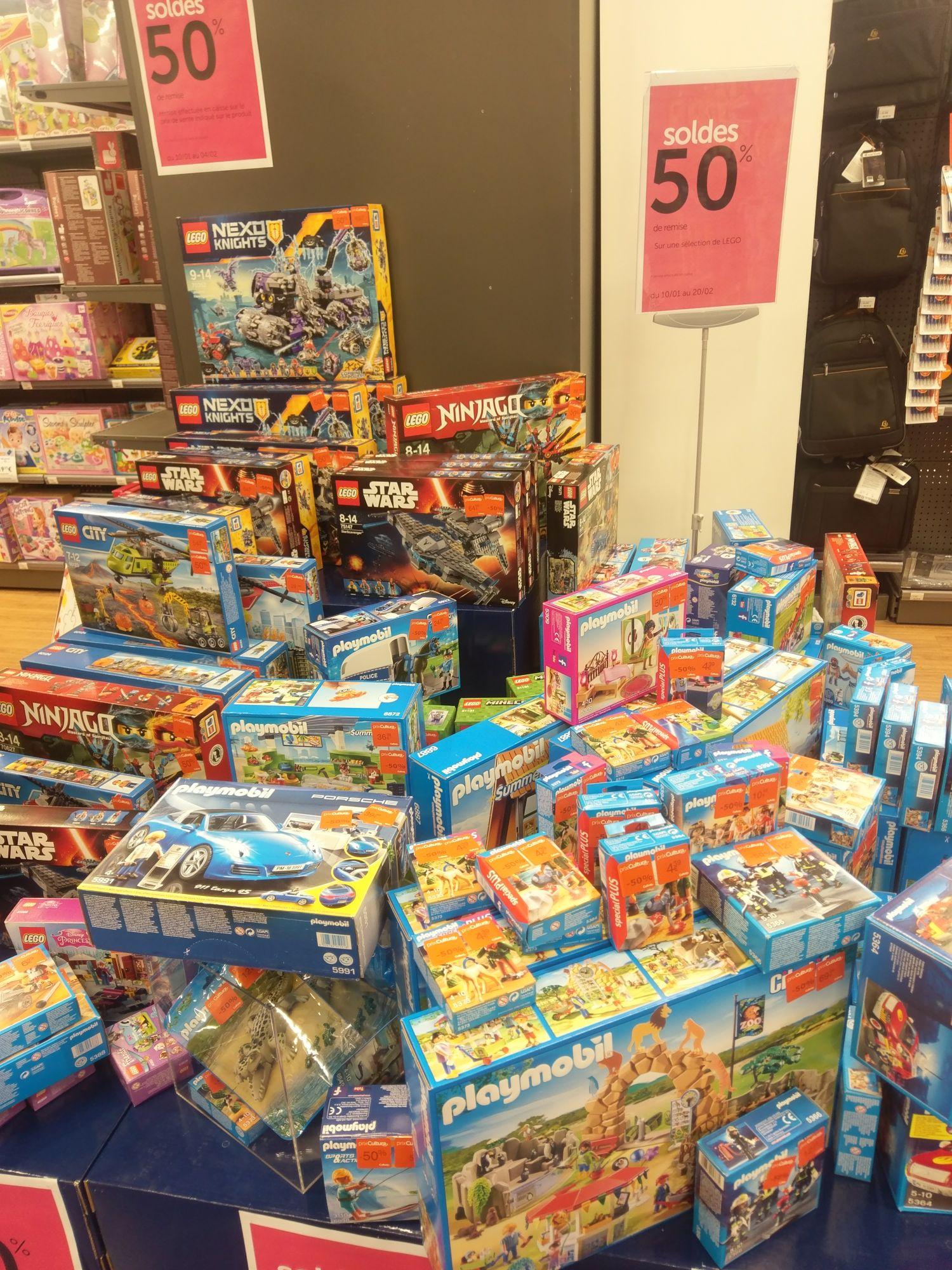 50% de réduction sur une sélection de Lego et Playmobil - Cultura la Villette Paris 19 (75)