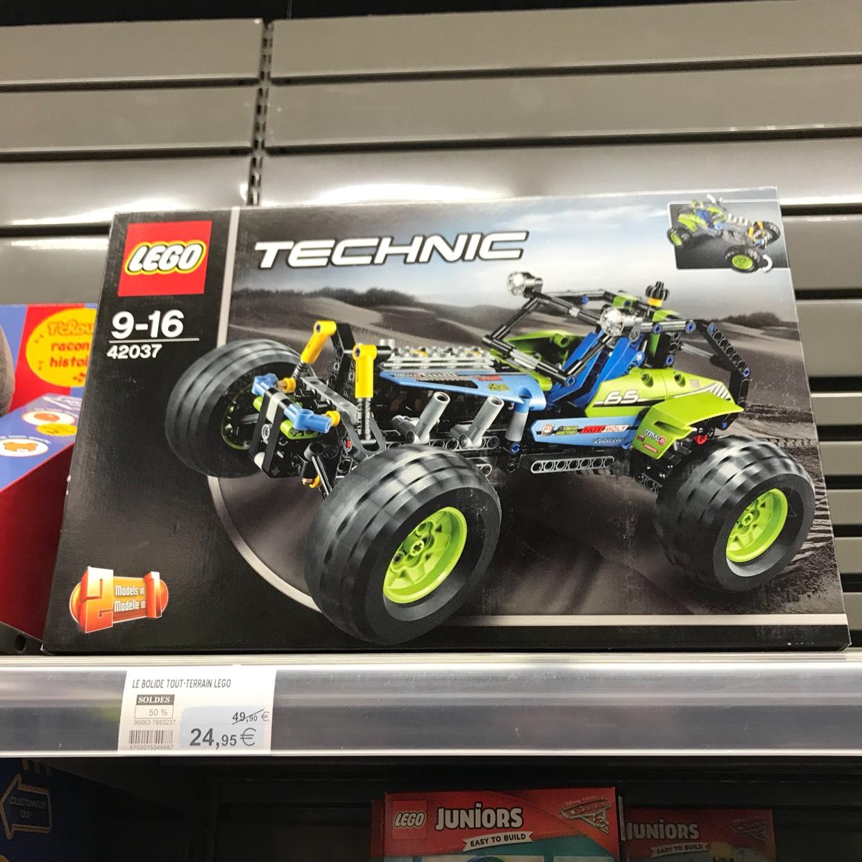 LEGO Technic - Bolide tout terrain - Hyper U Saint-Philbert-de-Grand-Lieu (44)