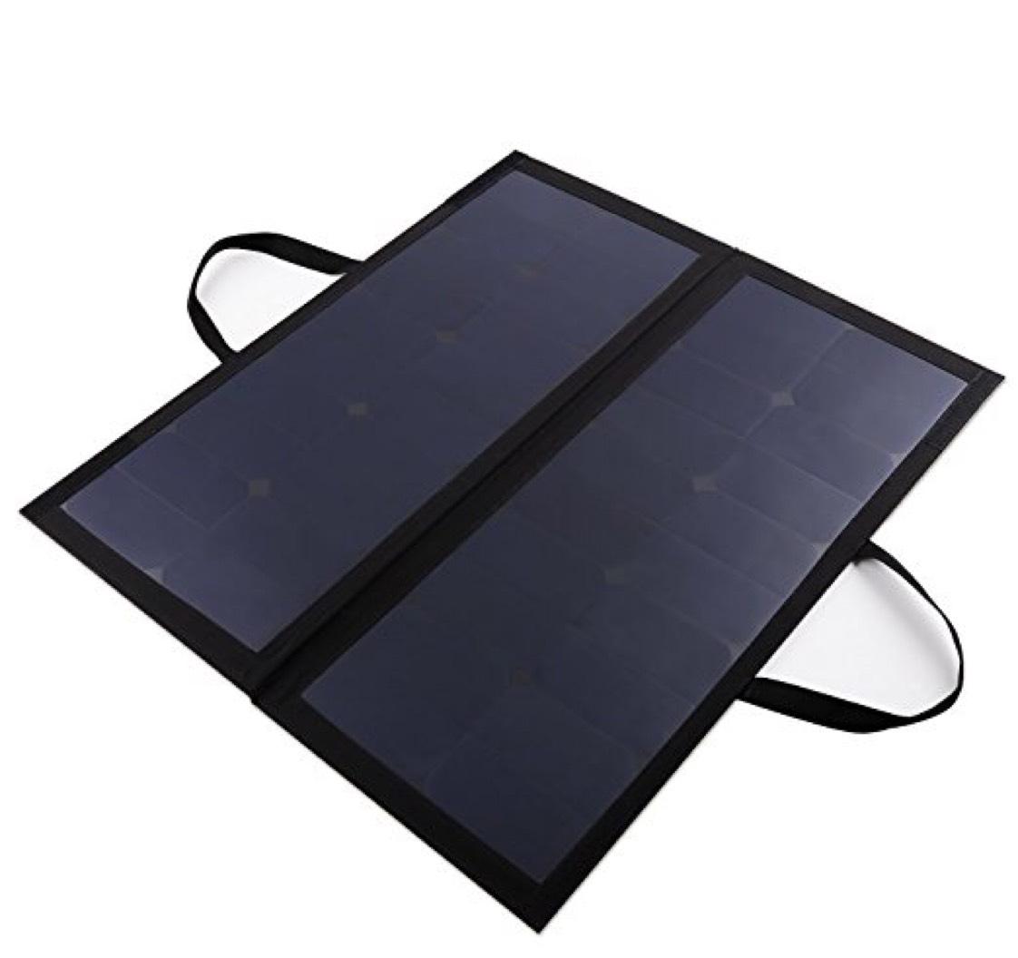 AUKEY Panneaux Solaires Sunpower, 60W 12V 5A, Charge Batterie 12V de Voiture ou de Moto (vendeur tiers)