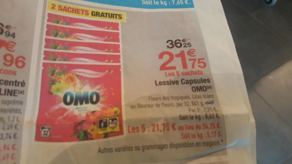 Lot de 5 sachets de 32 capsules de lessive Omo - Senteurs au choix