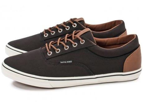 Jusqu'à 60% de réduction sur une sélection d'articles - Ex : Chaussures Jack & Jones Vision noire