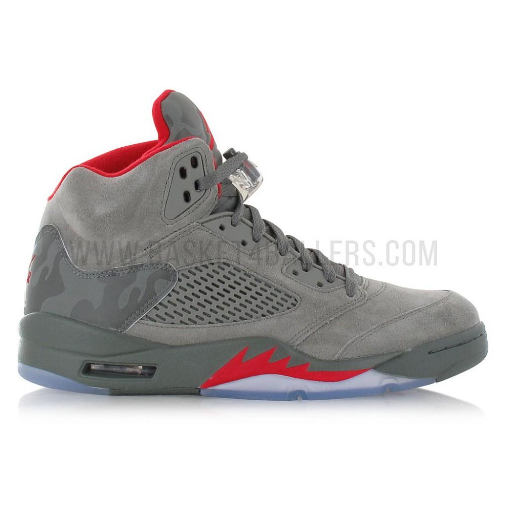 Chaussures Nike Air Jordan 5 Retro P51 (du 42.5 au 45.5)
