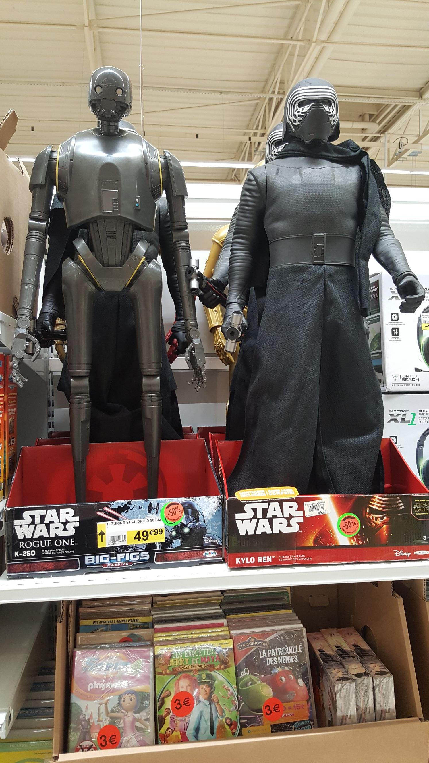 50% de réduction sur les Figurines Star Wars - Ex : Kylo Ren, C3PO ou K2S0 (78 cm) - Saint-Jouan-des-Guérets (35)